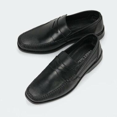 حذاء كلاسيكي طبي باللون الاسود