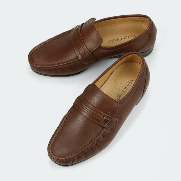 حذاء كلاسيكي طبي من ماركة فيكتور كلارك