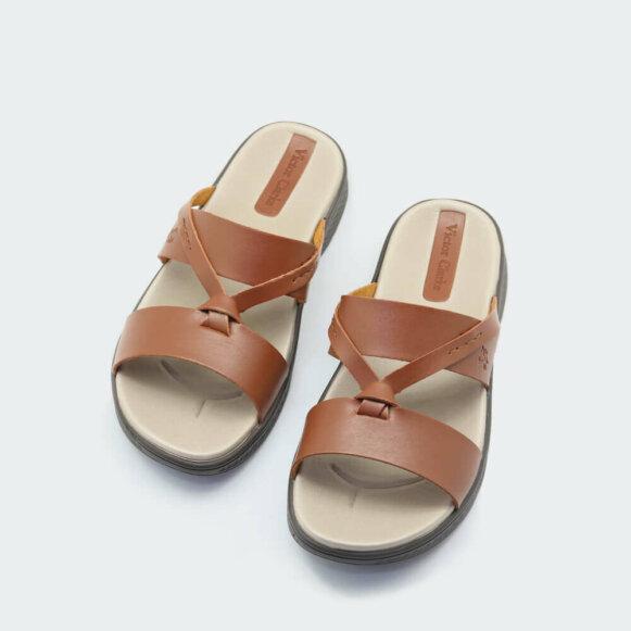 حذاء جملي طبي