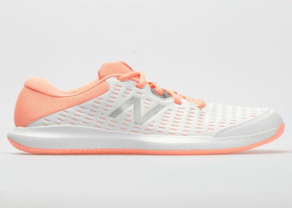 ماركة احذية مشهورة شعارها N