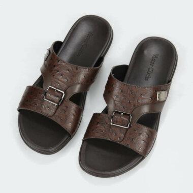 حذاء بنى غامق جلد مقوى ماركة فيكتور كلارك المميزة