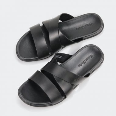 حذاء جلد مقوى براند فيكتور كلارك