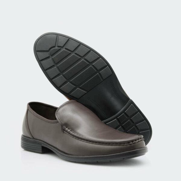أحذية رسمية ماركة فيكتور كلارك