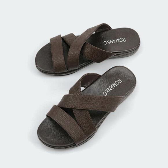 حذاء شرقي ROMANKO