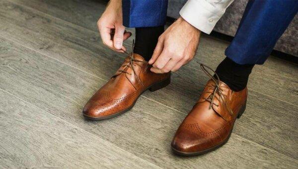 تسوق الآن أحذية رجالية إيطالية رسمية متوفرة على متجر العراب