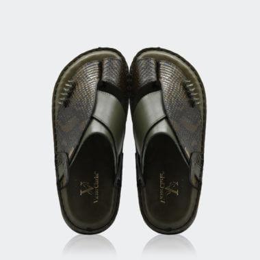 حذاء شرقي كلاسيكي