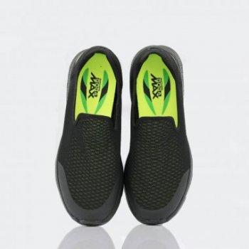 مميزات سكيتشرز حذاء جون ووك 4 أدفانس