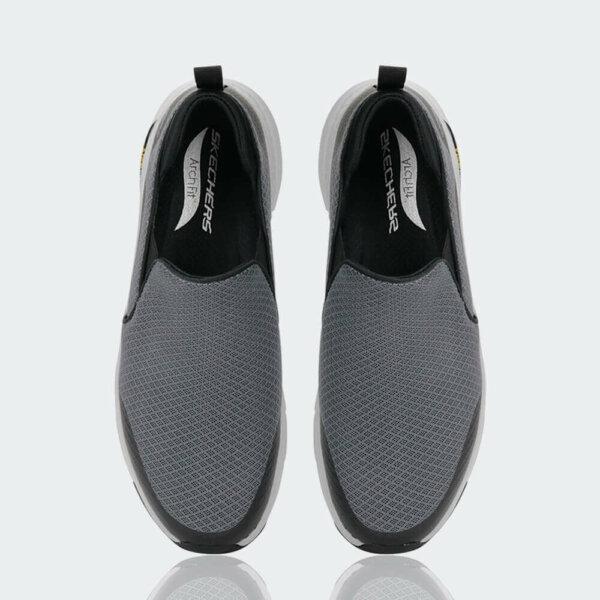 احذية سكتشرز الرياضية