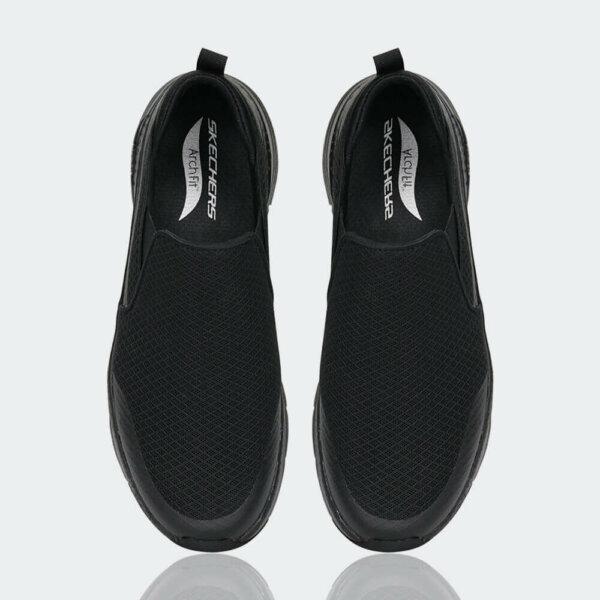حذاء سكتشرز